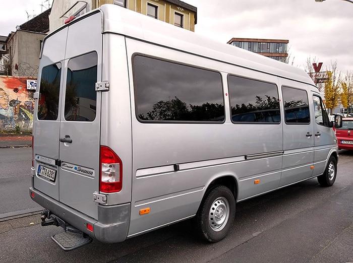 Turbo Booking Tour Vans